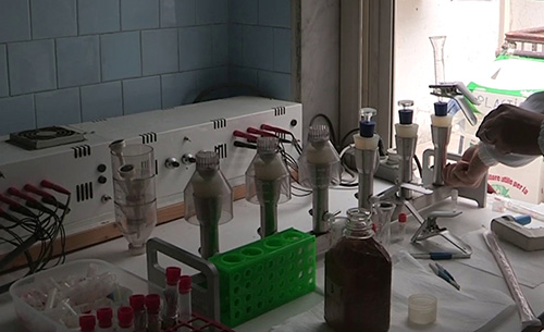 Filtration of the samples for further analysis from microalgal culture